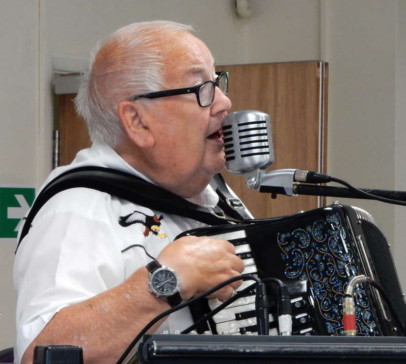 Frank 'The Duke' singing and playing his accordion